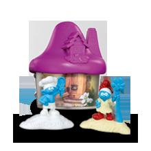 Фиолетовый домик со Смурфиками