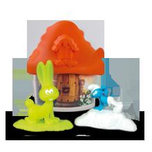 Светло-оранжевый домик со Смурфиками